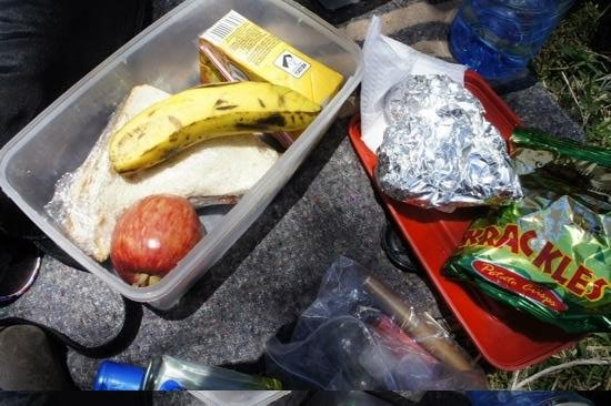 Rhino Tourist Camp: packed lunch during safari :)