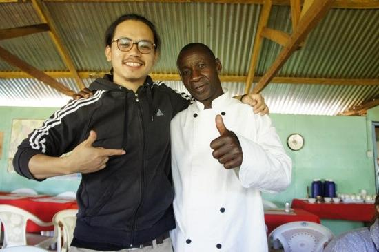 Rhino Tourist Camp: the chef himself