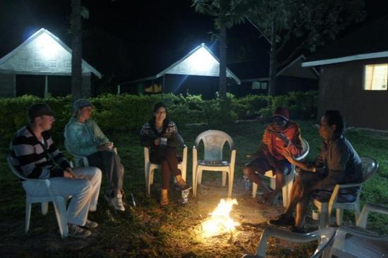 Rhino Tourist Camp: campfire ... oh the stories I heard that night...