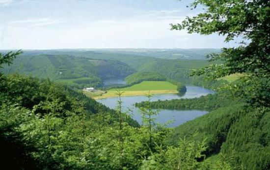 Camping & Bungalowpark Fuussekaul : Obersauer Stausee