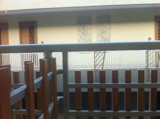 Rivavi Hotel: balconies
