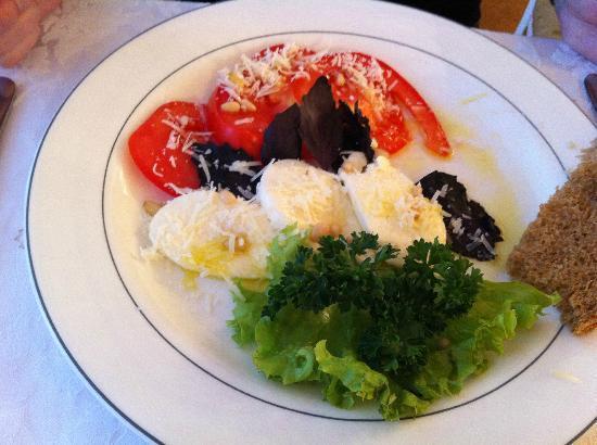 Bratislava Hotel: Italian Salad