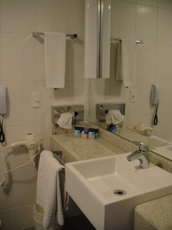 Novotel RJ Santos Dumont: banheiro