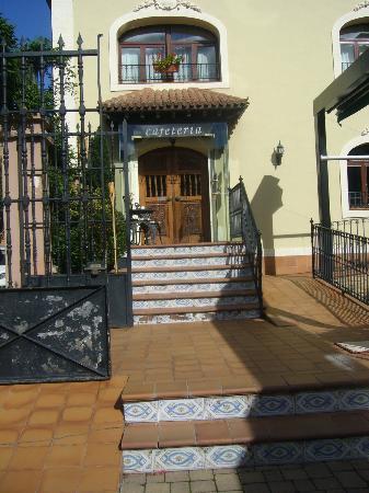 Palacio Azcarate: Entrada cafetería