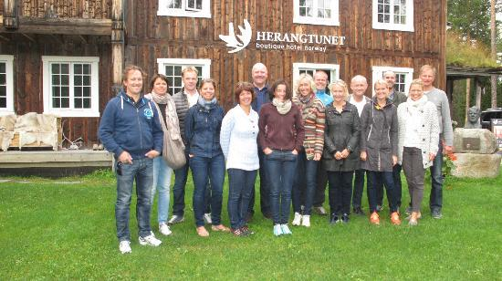 Herangtunet Boutique Hotel: Our group visiting Herangtunet