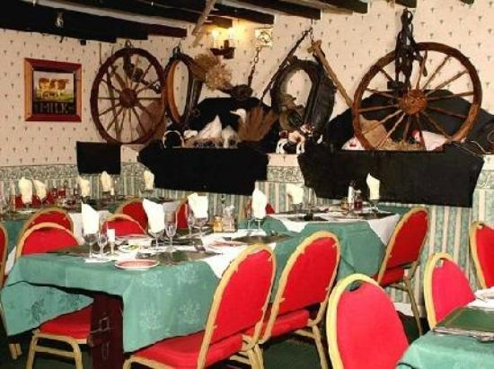 Fronoleu Country Hotel: Dining Room