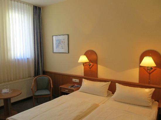 Hotel Zum Bären: Room