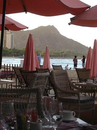 The Royal Hawaiian, a Luxury Collection Resort: view from Mai Tai's