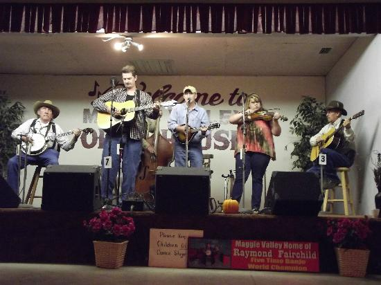 Maggie Valley Opry House 사진