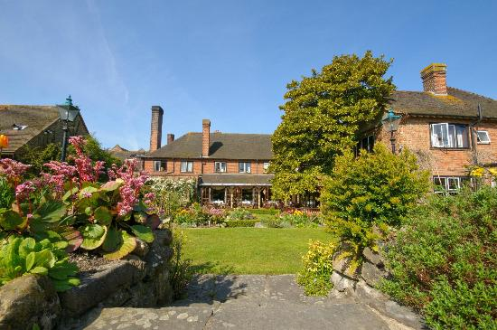 Beautiful traditional english country gardens picture of for The terrace menu