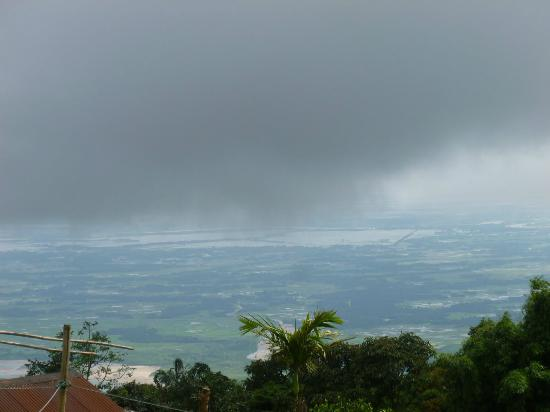 Cherrapunjee Holiday Resort: Watching weather