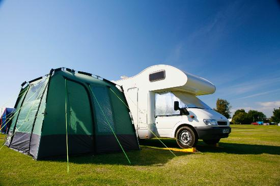 Tattershall Lakes Country Park: Perfect for camping