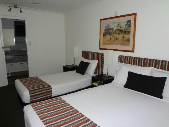 Best Western Cattle City Motor Inn: Bedroom area