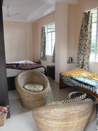 Cherrapunjee Holiday Resort: An executive room