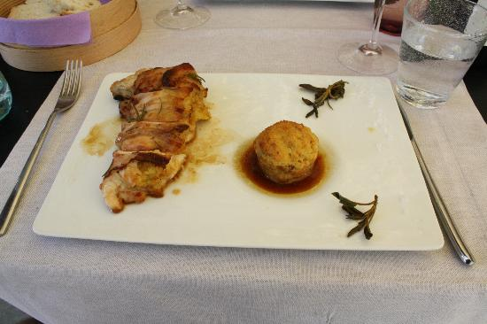 ‪‪Casanova di Pescille‬: Stuffed Chicken Breast - Made in our Tuscan Cooking Class