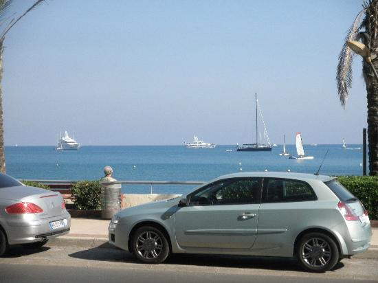 Royal Antibes Hotel, Residence, Beach & Spa: View from the hotel