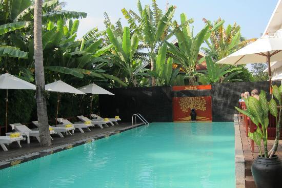 Maison Souvannaphoum Hotel: Hotel Pool