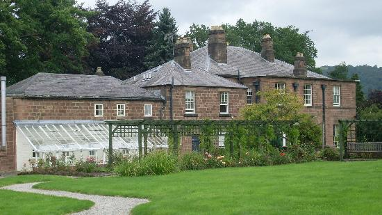 Alison House Hotel: Garden