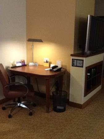 حياة بليس رالي دورهام إيربورت: desk