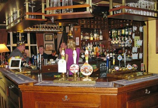 The Beehive Inn: The bar