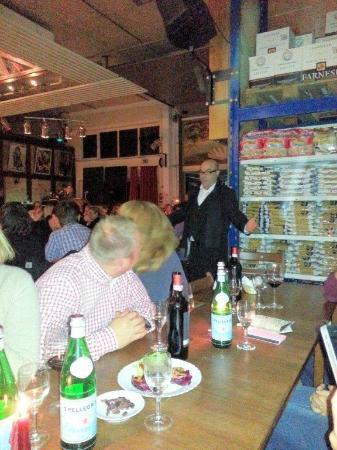 Art Wein-Gourmet Piazza Italiana: Klasssicher live-Gesang - empfehlenswert - mit Gänsehaut-Garantie!!!