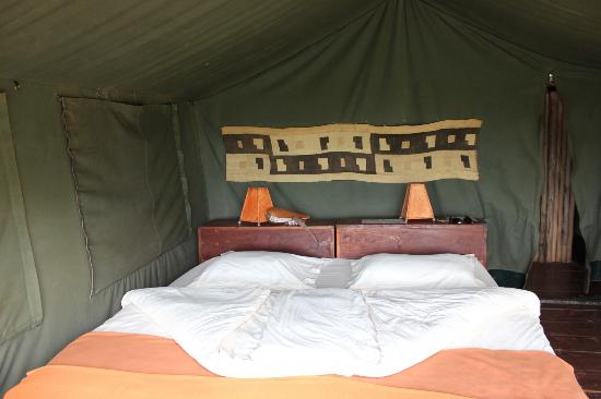 Rhotia Valley Tented Lodge: Inside of tent