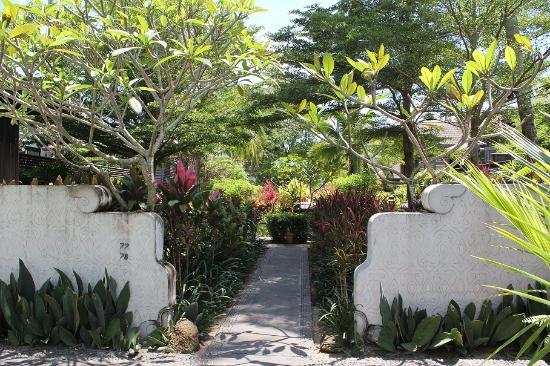 Anantara Mai Khao Phuket Villas: Hotel area