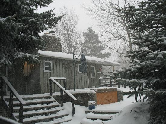 The Lodges at Blue Mountain: Had a great time during a winter storm.