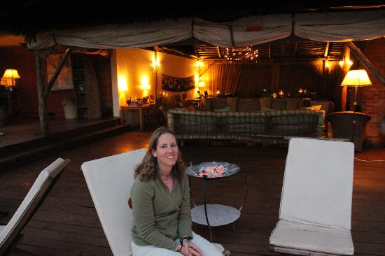 Rhotia Valley Tented Lodge: Sundowner drinks w/ fire pit