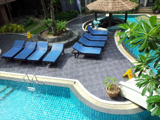 P. P. Palm Tree Resort : pool area