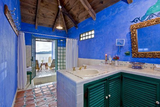 Casa Palopo: Casa Palopó Bathroom Baños Salle de Bains