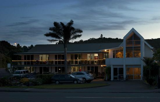 Anchorage Motel at dusk.