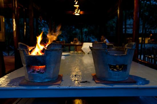 Freedomland Phu Quoc Resort: Preparing the fire to cook dinner.
