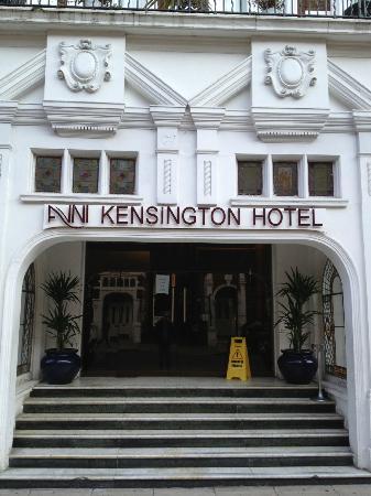 Avni Kensington Hotel: Ingresso