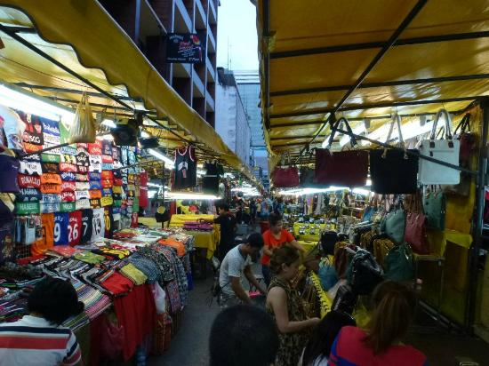 Patpong Night Market : Dozens of stalls.