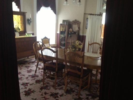 Geneva, NE: Dining room