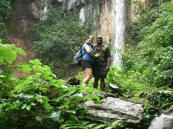 Papagayo Vargas Tours: Hike through the rainforest.. Beautiful waterfall in the background