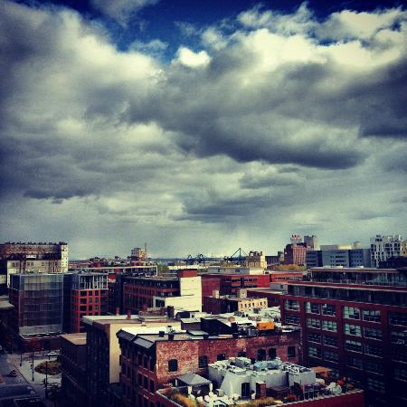 Hotel St Paul Montreal: The view from Suite 1005