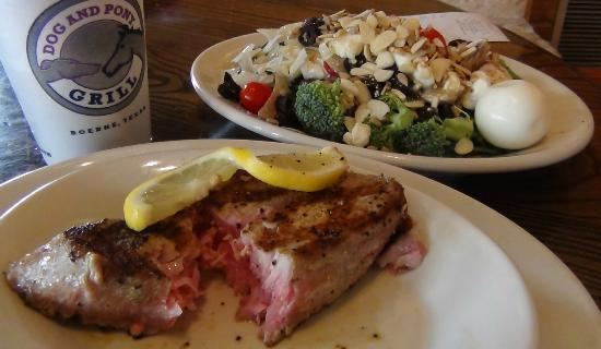 Dog and Pony Grill: Salad Bar and Ahi Tuna from the Grill