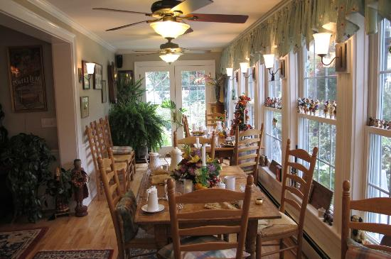 Phineas Swann Bed and Breakfast Inn: Breakfast nook