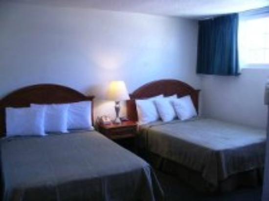 Americas Best Value Inn Loma Lodge: New 2 beds display