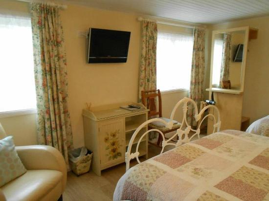 Tigh 'n Eilean Guest House: The Garden House Room