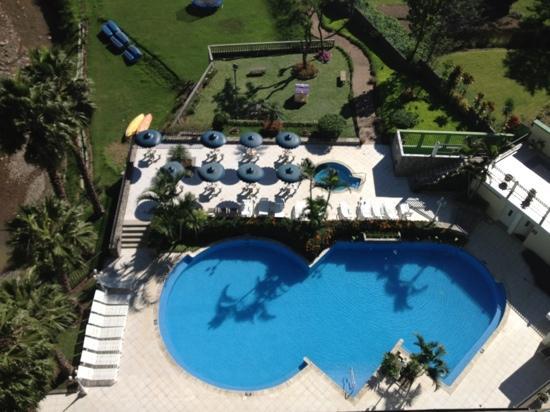 Hotel La Riviera de Atitlan: piscina