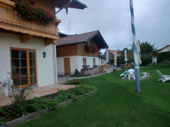 Pension Schweizerhaus: esterno struttura