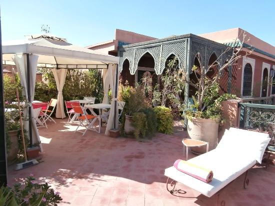 Riad Dar Alfarah: Terrasse