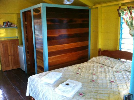Colinda Cabanas : bedroom