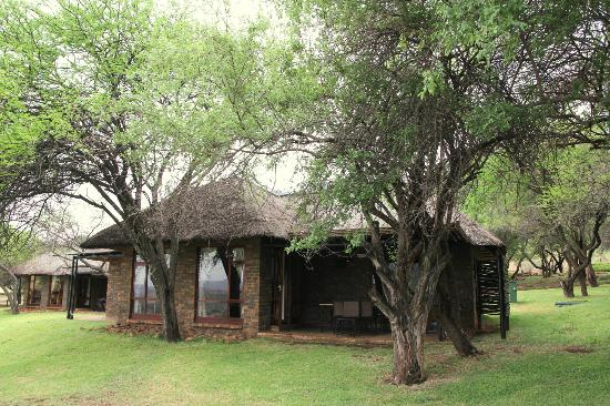 Bakubung Bush Lodge: View of our chalet from outside