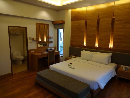 Thai House Beach Resort: kamer villa N