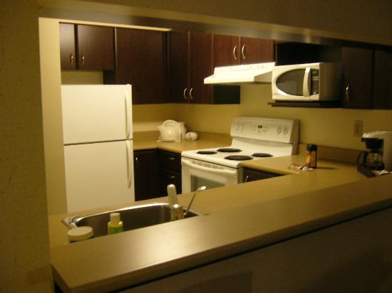 Les Suites Hotel Ottawa: Kitchen bonus