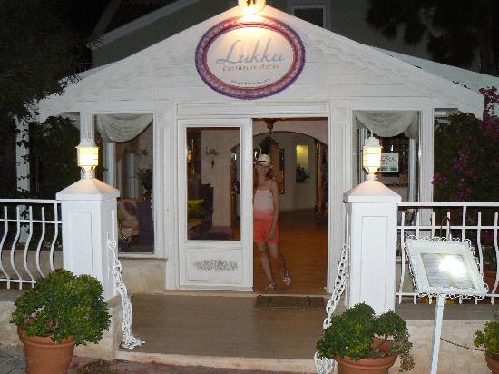 Lukka Hotel: lukka giriş